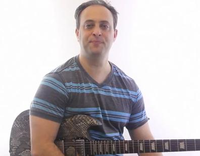 basic blues soloing - learn how to play the minor pentatonic scale - guitar lesson