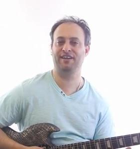 How to Spice Up Pentatonic Licks - Lead Guitar Lesson on Pentatonic Licks