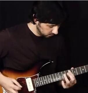 Shred Guitar Lesson on Sweep Picking Lick - Cool Sweep Picking Lick in G Minor