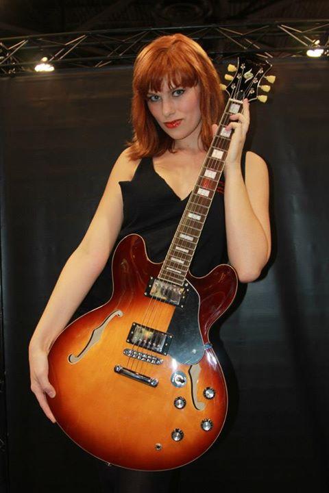 learning-blues-guitar.jpg